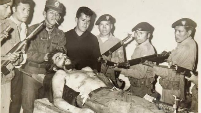 Imagen del guerrillero Ernesto 'Ché' Gievara, tras su muerte.