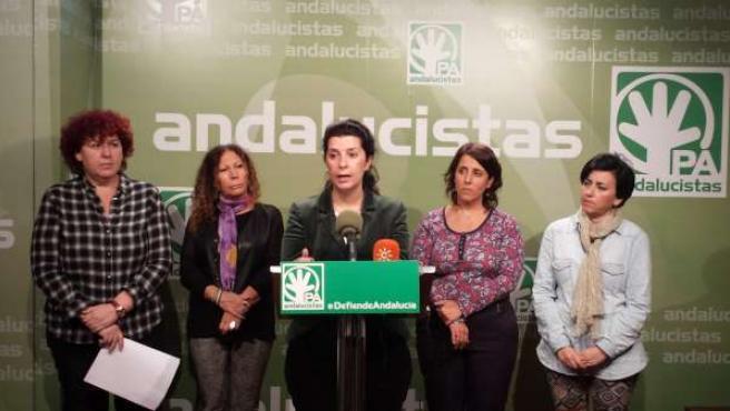 Marta Mejías, junto a otros dirigentes del PA