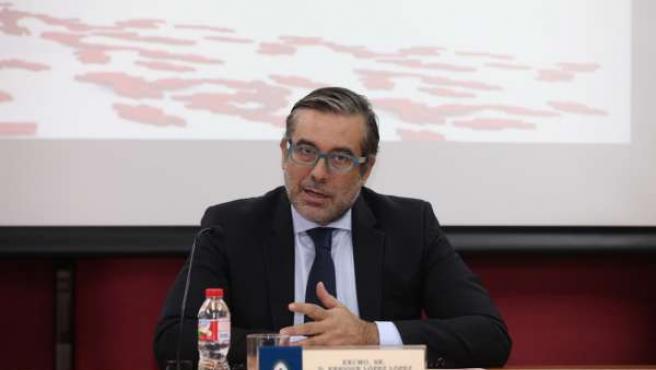 El juez Enrique López en su ponencia en la UCAM