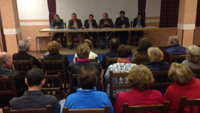 Dirigentes del PP mantienen una reunión en Encinasola.