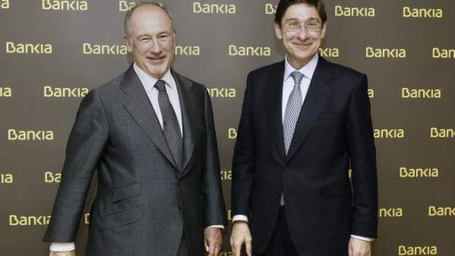 El nuevo presidente de Bankia, José Ignacio Goirigolzarri, y su antecesor Rodrigo Rato.