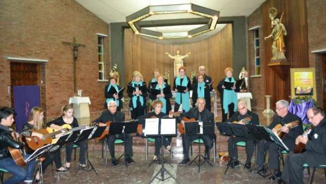El coro de Mequinenza ofrecerá este domingo su Concierto de Navidad