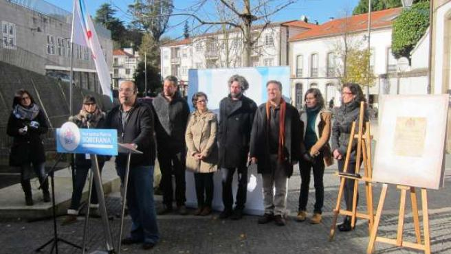 El BNG celebra un acto crítico con la Constitución en Santiago