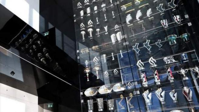 Imagen de la sala de trofeos del equipo Red Bull en la localidad británica de Milton Keynes.