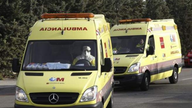 La ambulancia que trasladó a la médico cooperante española que podría haberse contagiado de ébola en Malí.