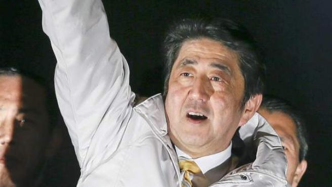 El primer ministro nipón, Shinzo Abe, durante un discurso en la campaña electoral.