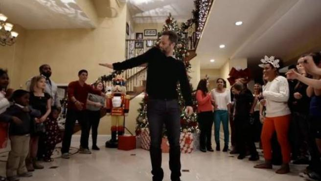 Imagen del tráiler de la película 'Saving Christmas', protagonizada por Kirk Cameron ('Los problemas crecen').