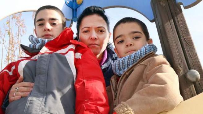Luchan por salvar la vida de sus dos hijos con epilepsia ...