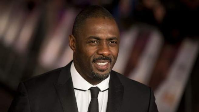 Durante mucho tiempo se habló de que el próximo Bond sería negro y que Idris Elba (Pacific Rim, Prometheus) sería el actor ideal para encarnarlo. En caso de que él fuera Bond, la casa de apuestas William Hill pagaría 5 a 1.