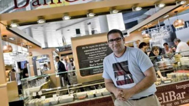 Dani García, el chef de Calima, en su nuevo espacio DeliBar.