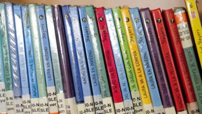 Libros para jóvenes, préstamo, biblioteca, literatura juvenil