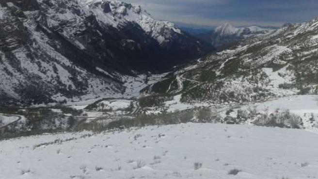 Nieve, nevada, montaña, invierno