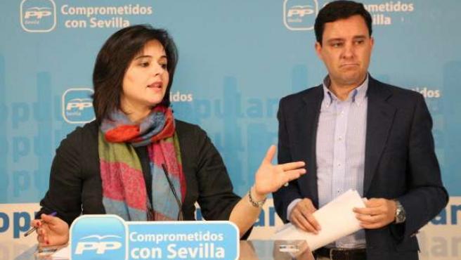 Virginia Pérez y Juan de la Rosa, durante la rueda de prensa
