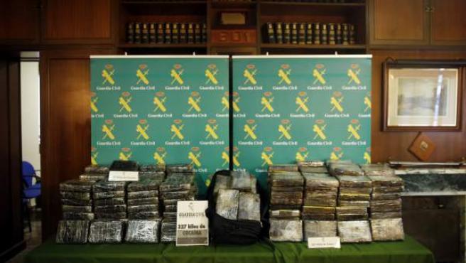 Confiscados 327 kilos de cocaína en Ontinyent, Valencia.