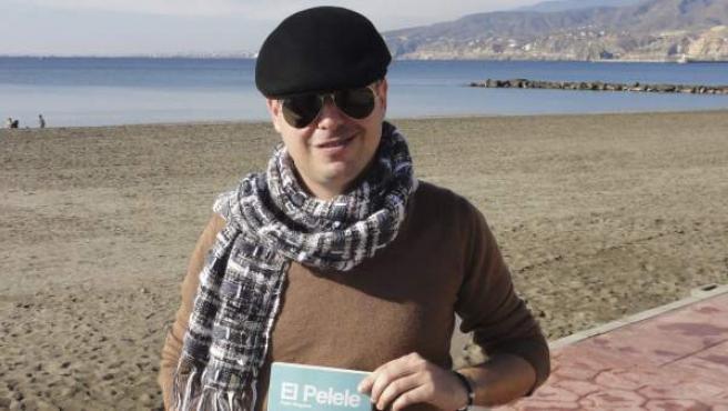El escritor Pablo Requena