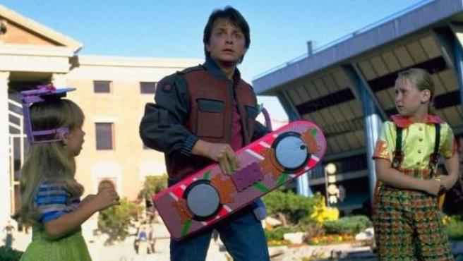 Michael J. Fox, en un fotograma de 'Regreso al futuro II'.