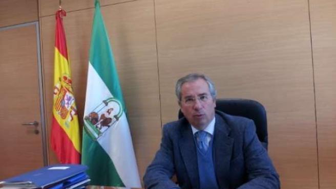 El subdelegado del Gobierno en Cádiz, Javier de Torre, durante la entrevista