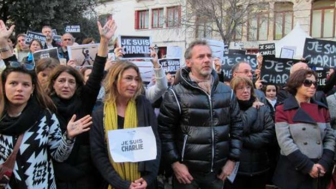 Concentración en Palma en homenaje a las víctimas del atentado en Francia