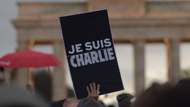 Momento de la manifestación de Berlín contra el terrorismo tras los atentados de esta semana en París.
