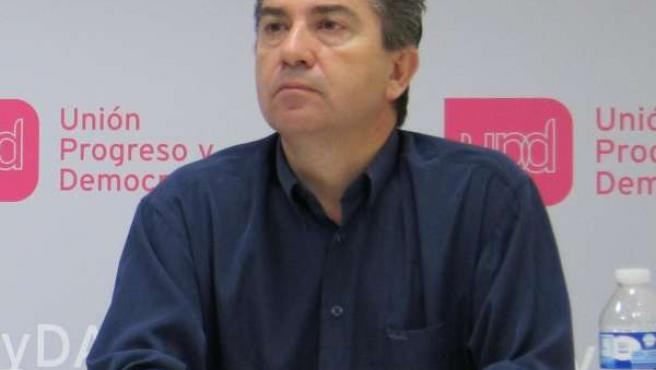 El coordinador de UPyD en Zaragoza, Javier Puy