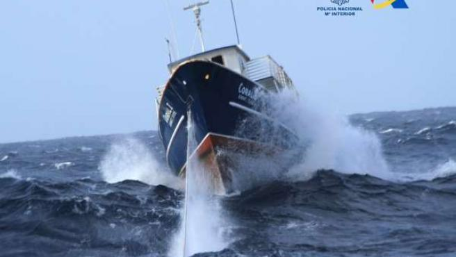"""""""Aprehendido Un Pesquero En El Atlántico Sur Con 1.500 Kilos De Cocaína Con Dest"""