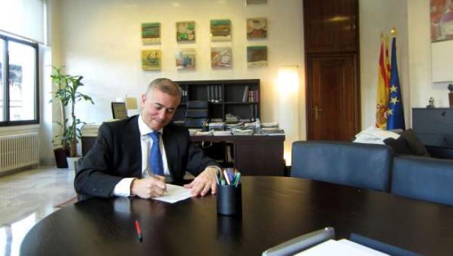 El consejero de Hacienda y Administración Pública de Aragón, Javier Campoy