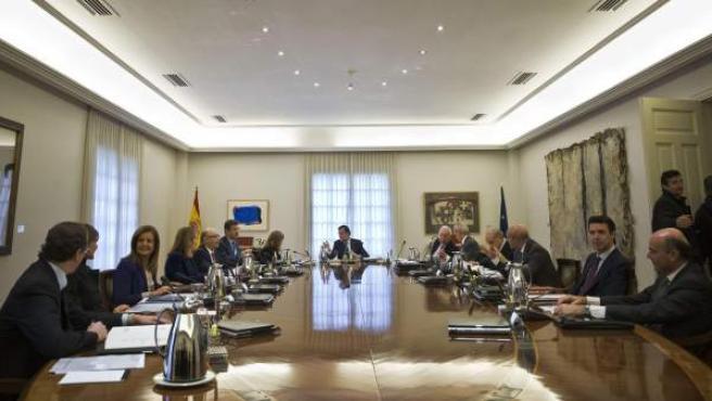 El presidente del Gobierno, Mariano Rajoy, preside la reunión del Consejo de Ministros.