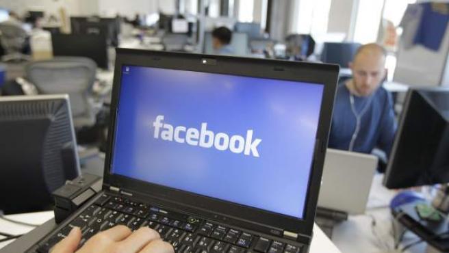 El nuevo Facebook At Work intentará convertirse en una herramienta útil en las empresas de todo el mundo durante este 2015.