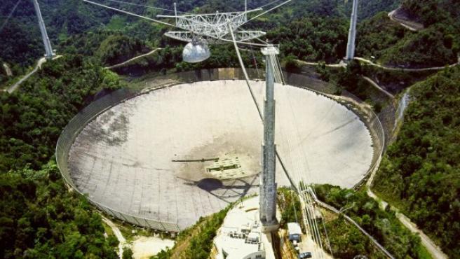Radiotelescopio y observatorio de Arecibo (Puerto Rico), construido en 1960.