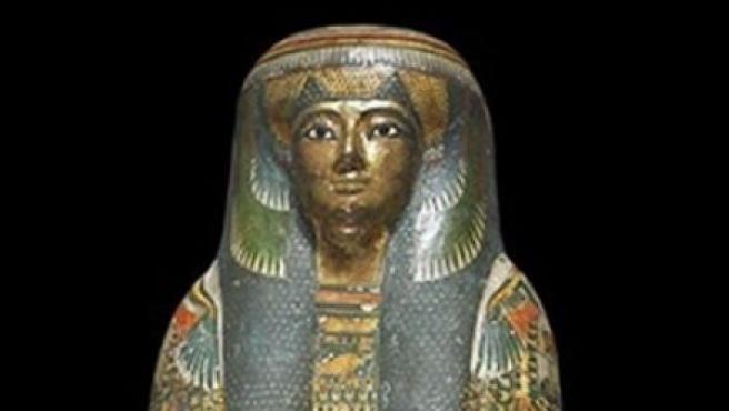 El sarcófago de una momia egipcia del Museo Británico.