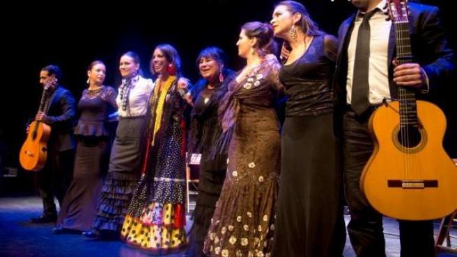 Espectáculo ?Flamencas de Extremadura ? Por derecho? en Nimes