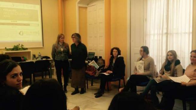 IAM acoge un taller para prevenir la violencia de género para mujeres en riesgo