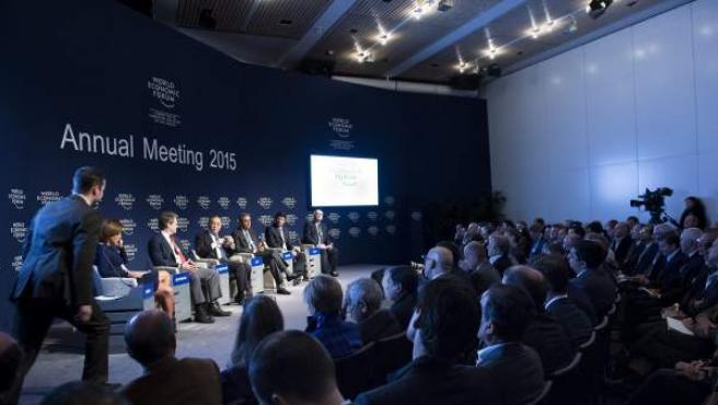 Mesa redonda en el Foro de Davos (Suiza).