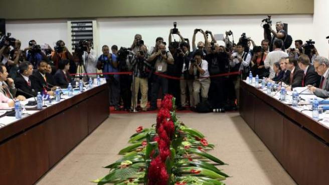 Vista general durante la primera reunión EEUU-Cuba tras el anuncio del restablecimiento de sus relaciones diplomáticas.