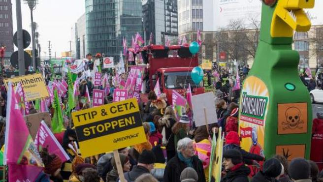 Protesta en Berlín, el 17 de enero, contra el tratado de libre comercio.