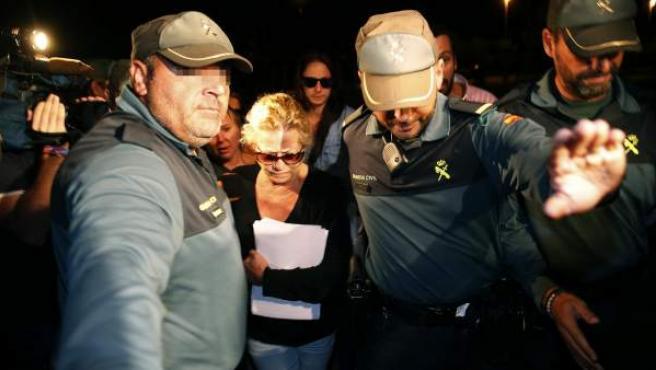 Maite Zaldívar, exmujer del exalcalde de Marbella Julián Muñoz, a su llegada a la prisión de Alhaurín de la Torre (Málaga).
