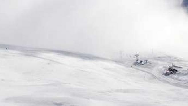 Alto Campoo cerrado por fuertes vientos y escasa visibilidad en pistas