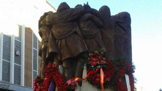 Monumento a los abogados asesinados en la calle Atocha en 1977.