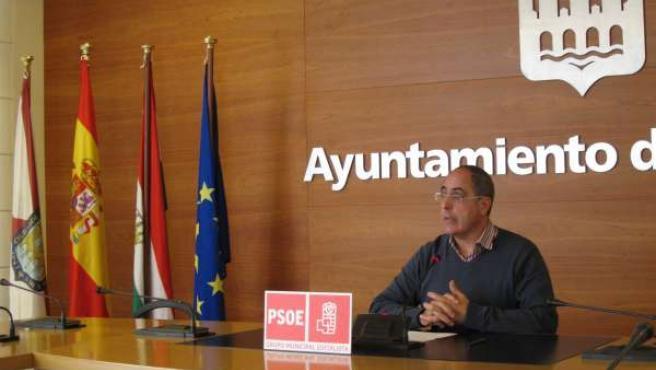 El concejal del PSOE Domingo Dorado
