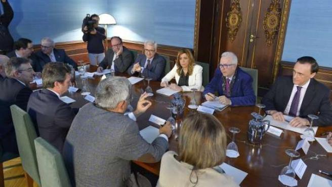 Susana Díaz preside la reunión del Consejo Andaluz de Universidades