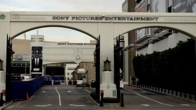 Entrada a los estudios de Sony Pictures Entertainment en Culver City (Estados Unidos).