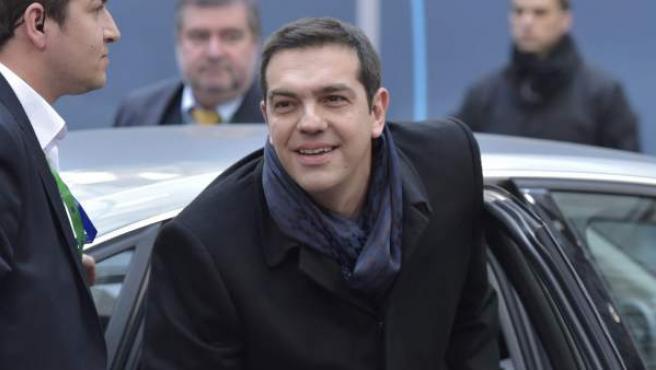 El presidente de Grecia, Alexis Tsipras, a su llegada a la cumbre de jefes de Estado y gobierno de Europa, en Bruselas.