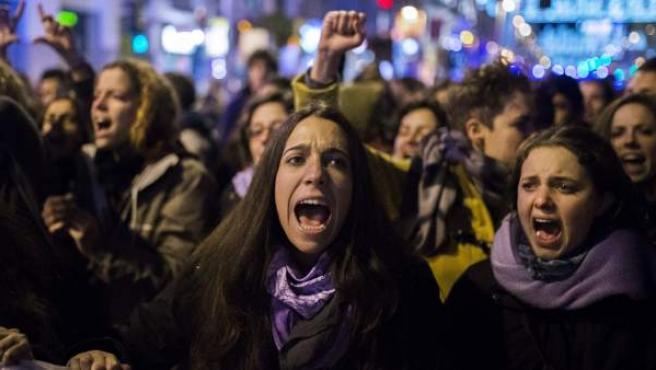 Varias mujeres, en una manifestación sobre el aborto.