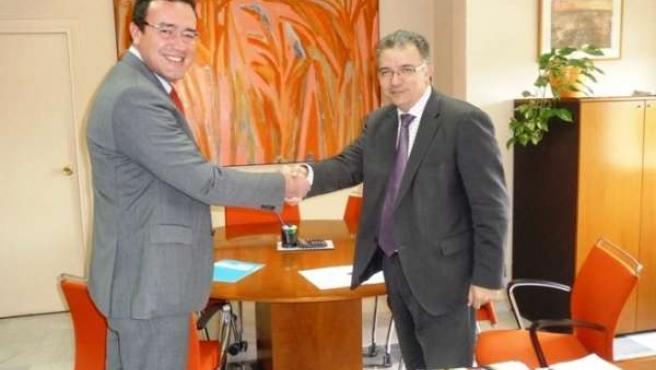 Leopoldo Navarro, junto al presidente de Tunstall Televida, José Abel Delgado