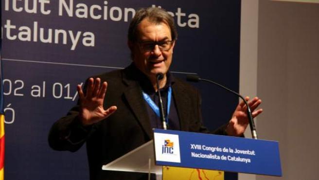 El presidente de la Generalitat y de CiU, Artur Mas, en el congreso de las juventudes de CDC en Mataró (Barcelona).