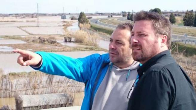 Soro visita las zonas afectadas por la crecida del Ebro