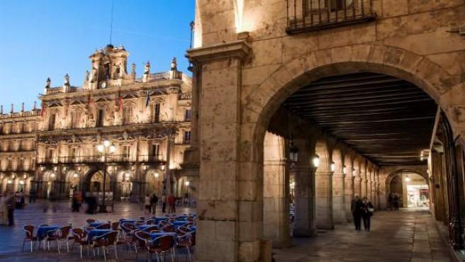 Vista del ayuntamiento de Salamanca.