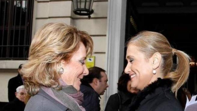 Esperanza Aguirre y Cristina Cifientes.