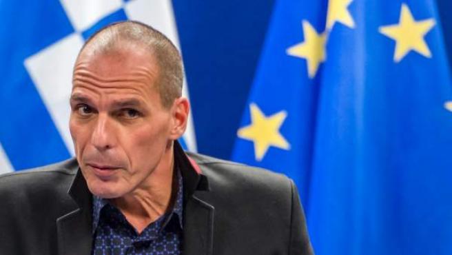 El ministro de Finanzas griego, Yanis Varufakis, tras una reunión con los ministros del Eurogrupo en Bruselas.