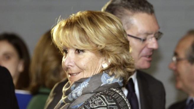 La presidenta del PP en Madrid, Esperanza Aguirre, junto al exministro de Justicia, Alberto Ruiz-Gallardón.